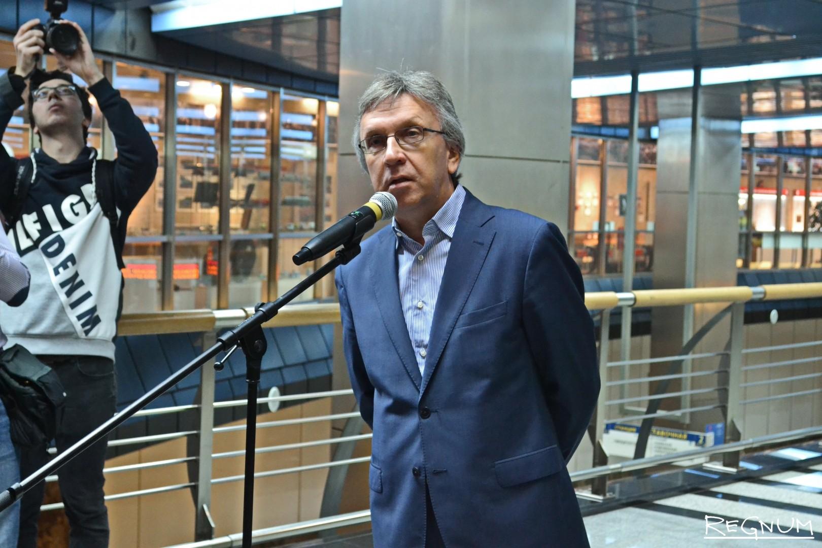 Заместитель Генерального директора ИТАР-ТАСС Александр Копнов завершил выступления пожеланиями молодым фотографам и выразил надежду, что такие проекты действительно смогут изменить имидж Северного Кавказа