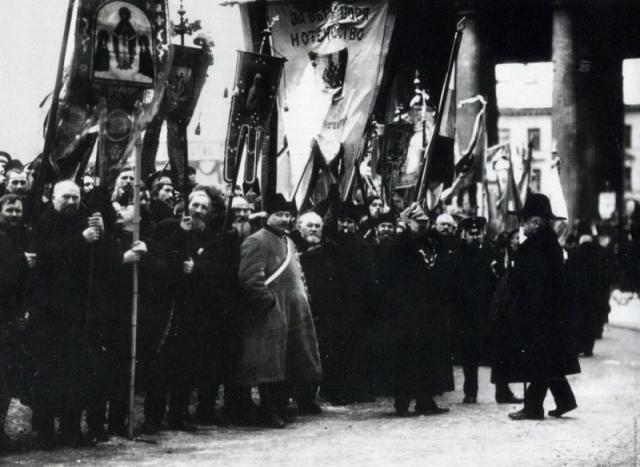 Страсти по «Матильде»: у Николая II есть история греха и история святости