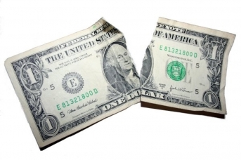 Порванный доллар