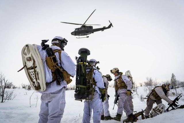 Учения Норвегии в Арктике