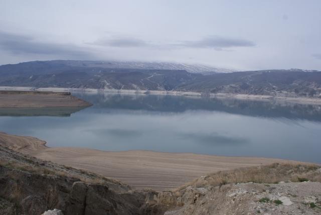 Разлад Киргизии с Казахстаном: конфликт превращается в водораздел?