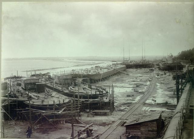 Судоверфь Навашинского судостроительного завода.1912