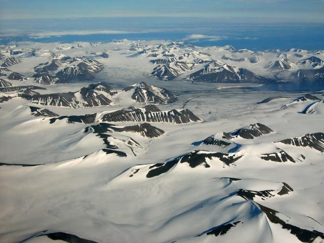 Шпицберген: научный полигон Арктики или территория НАТО?