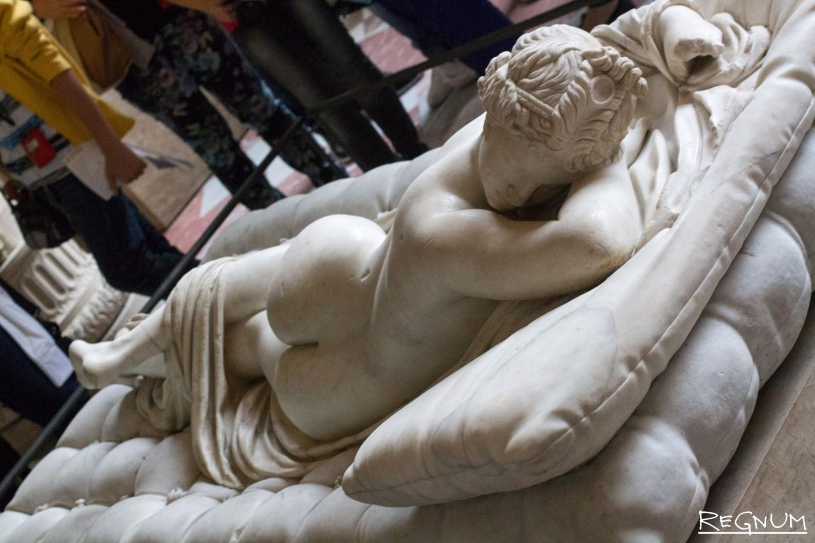 Скульптура гермафродит долго