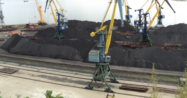 В Приморье суд обязал «Терминал Астафьева» исключить выброс угольной пыли