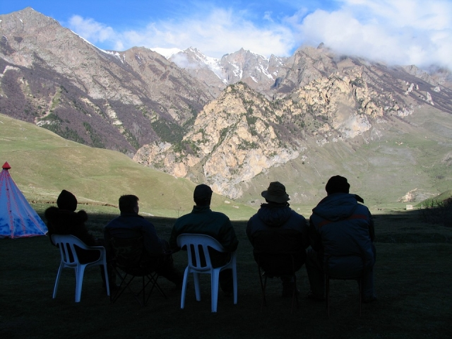 Туристы на Северном Кавказе