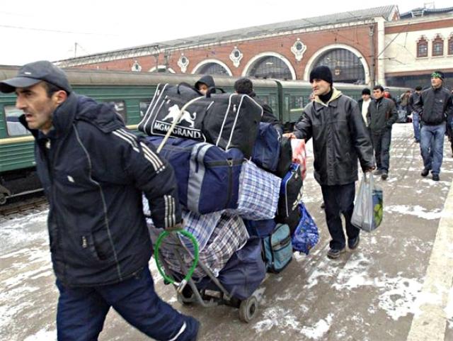 «Мигранты — новая нефть»: об избирательных обещаниях Собянина