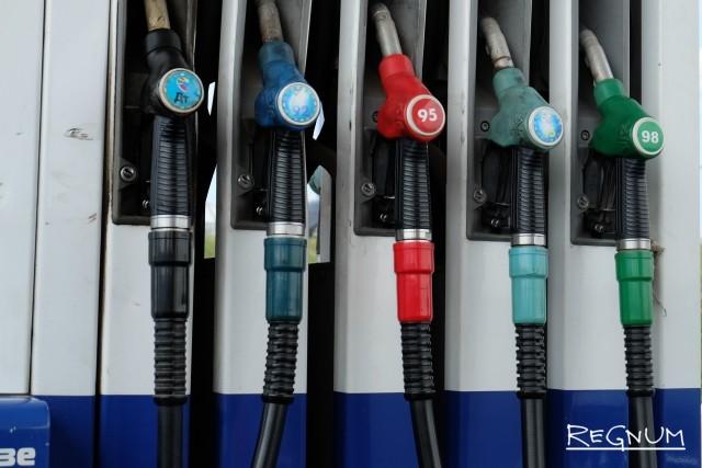 На крымских заправках льют не бензин, а серу