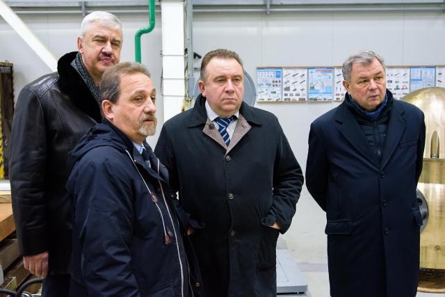 Калужский губернатор и глава ОСК посетили завод «Вега»