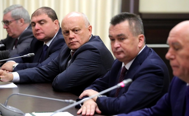 Картинки по запросу Путин и экс-губернаторы