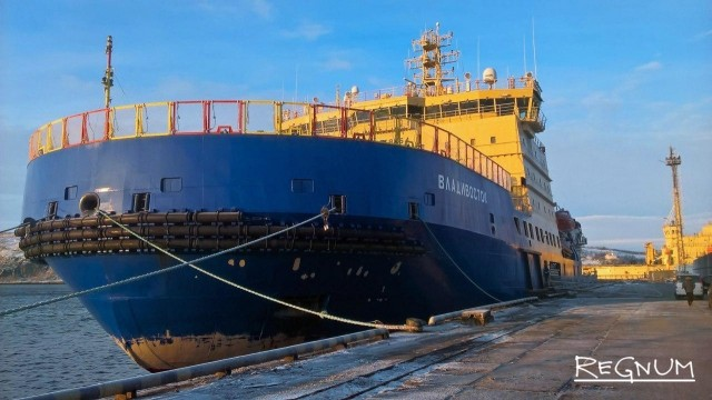 В Заполярье этнографический диктант прошёл на борту ледокола «Владивосток»