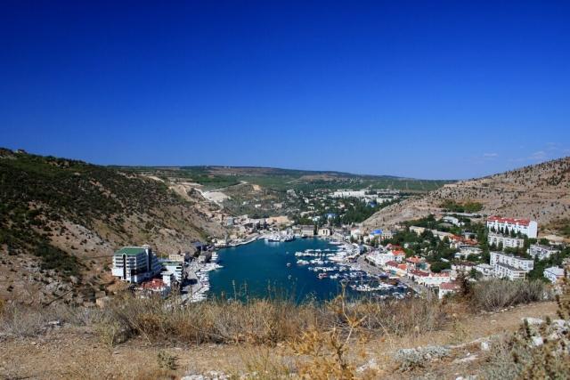 Иностранцы скупают недвижимость в Крыму
