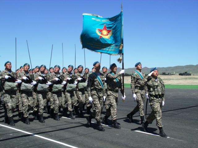 Казахстан и ОАЭ договорились развивать военное сотрудничество