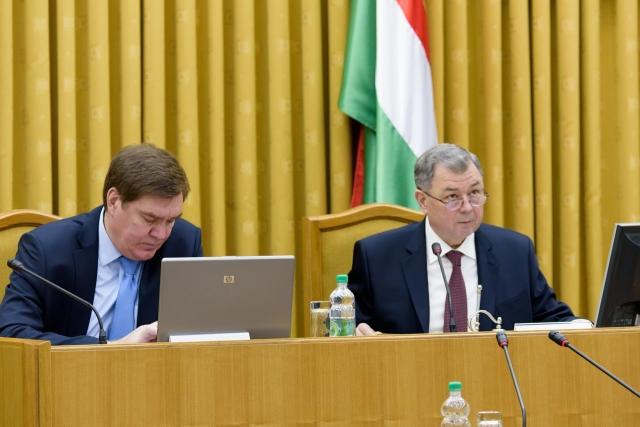 Калужского губернатора разозлили: Привлекайте их к ответственности