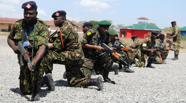 Танки, взрывы, стрельба: В Зимбабве начинается гражданская война