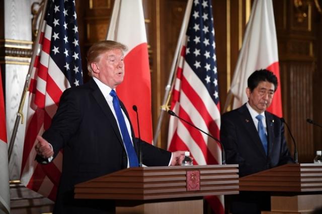 Визит Трампа в Японию: план по чинопочитанию выполнен и перевыполнен