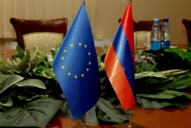 Европейские депутаты призывают установить с Арменией безвизовый режим