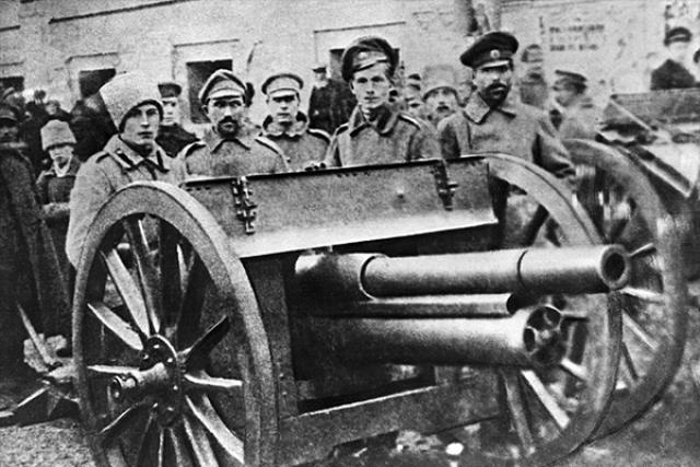 Солдаты. 1917