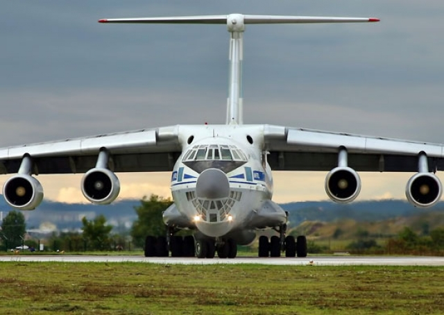 Транспортный самолёт Ил-76МД-90А, на базе которого создан А-100