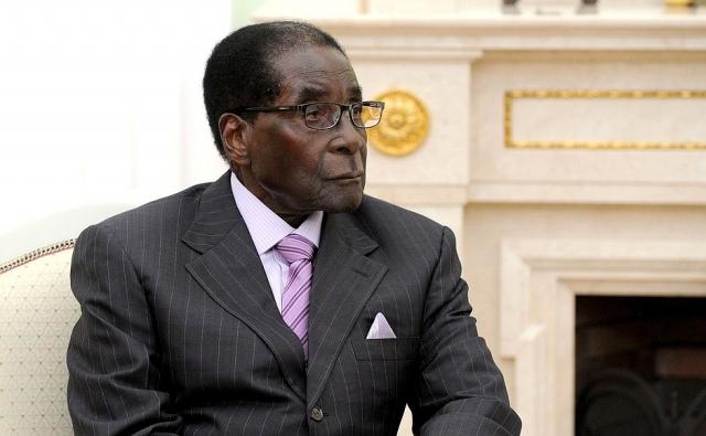 Власти Зимбабве дали Мугабе иммунитет от судебного преследования