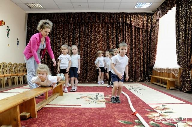 Занятия гимнастикой в детском саду