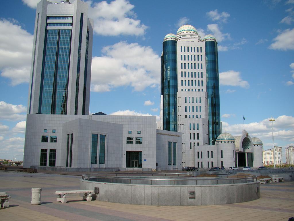 Обои здания, свет, дома, kazakhstan, казахстан. Города foto 18