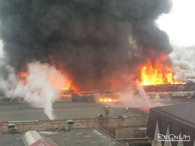 Слёзы вьетнамцев: в Оренбурге горит рынок