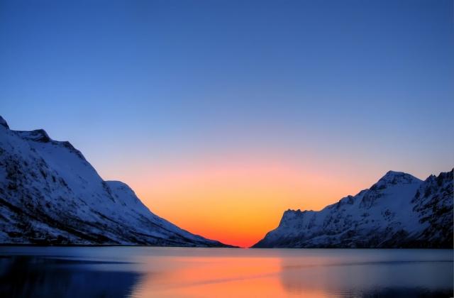 Рыбный промысел в Арктике: ловить нечего, но на всякий случай запретят?