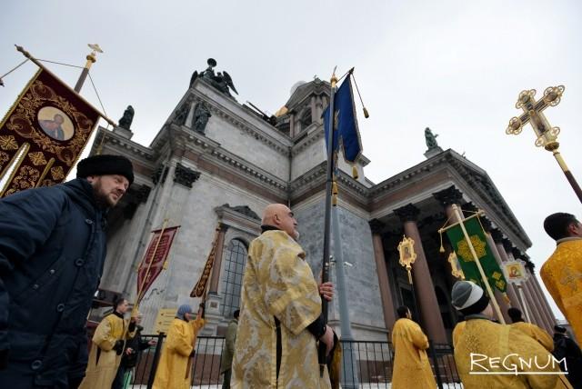Православные активисты просят патриарха подать заявку на Исаакий