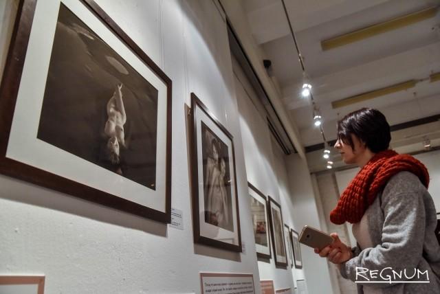 22f594af317e В Москве снова открылась скандальная выставка Стерджеса