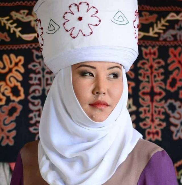 «Почти у каждого киргизского мужчины есть две жены»