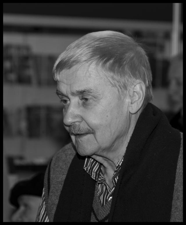 В Минске на 82-м году жизни скончался писатель Сергей Есин