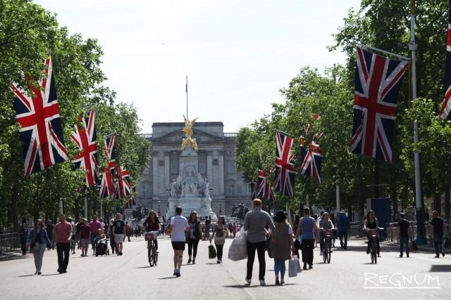 Полиция Лондона: Букингемский дворец штурмовал не террорист