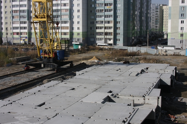 Строительная площадка жилого комплекса «Яркая жизнь»