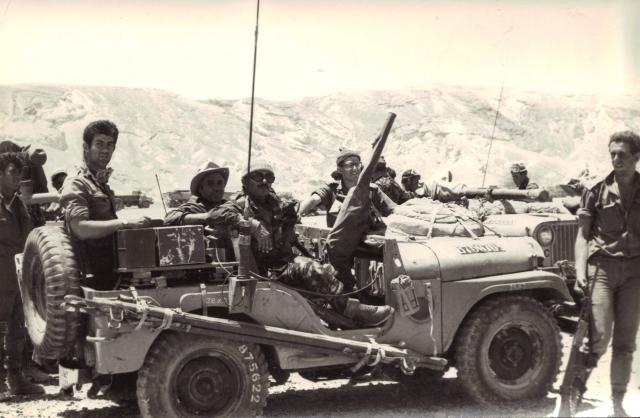 Израильские разведывательные войска из блока «Шейд» на Синае во время войны