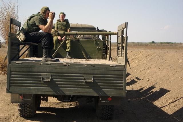 Полевой выход военнослужащих мотострелкового батальона Оперативной группы российских войск в ПМР
