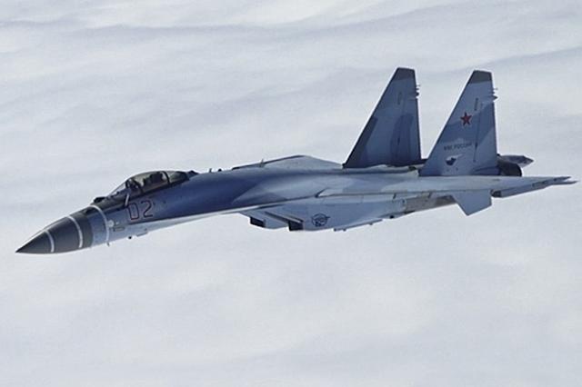Россия поставила в Китай вторую партию истребителей Су-35
