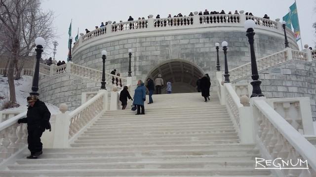 В Оренбурге воссоздали уникальную сталинскую лестницу