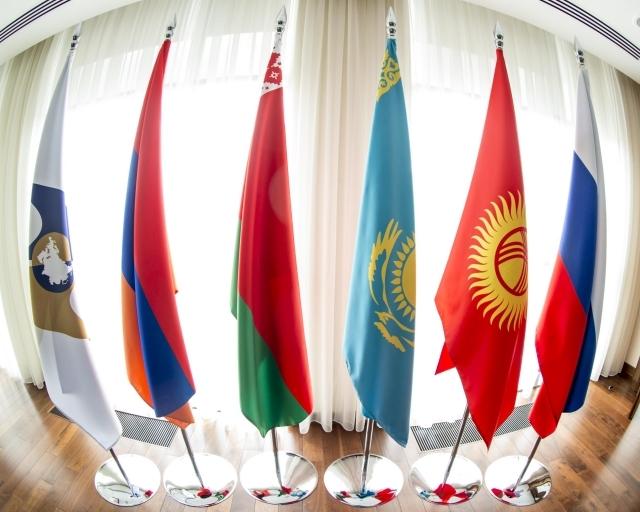 Позитивное отношение граждан к евразийской интеграции плавно снижается