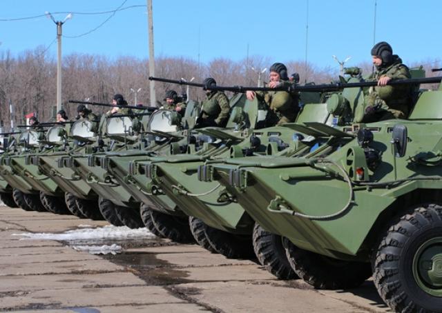 Российская военная база в Таджикистане получит более 100 новых бронетранспортеров БТР-82А