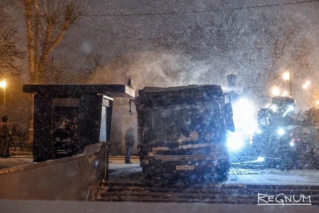 Автобус въехал в подземный переход: в Москве новая трагедия