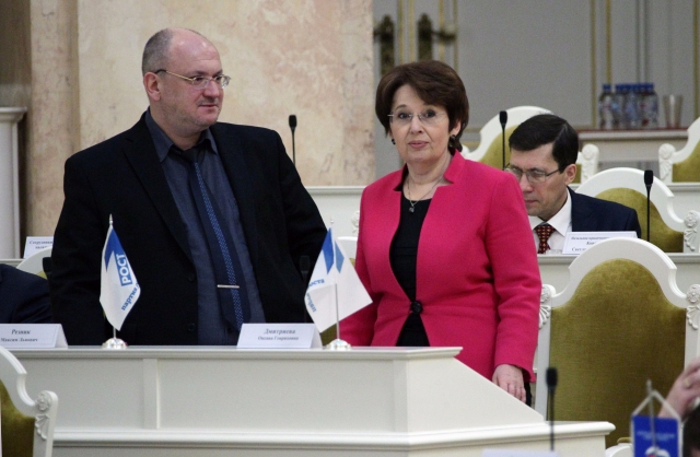 Милонов пожаловался на «Партию роста», там возмутились «публичным доносом»