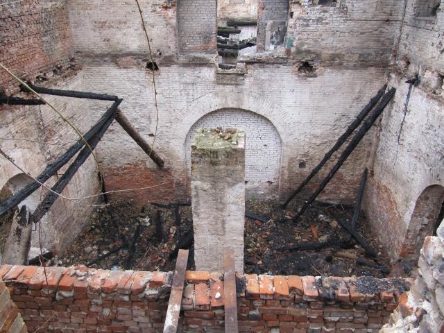 Руины Парамоновских складов