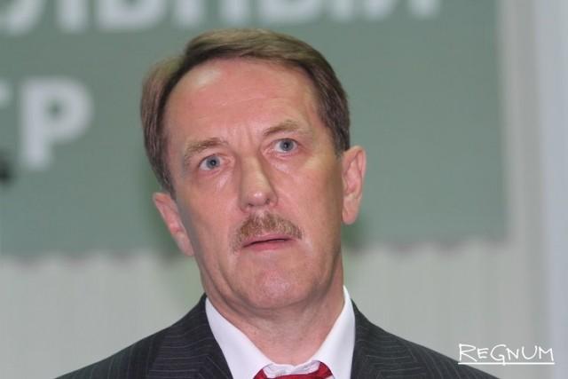 Полномочный представитель президента в Центральном федеральном округе  — бывший губернатор Воронежской области Алексей Гордеев