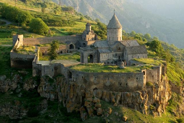 Татевский монастырь на юге Армении