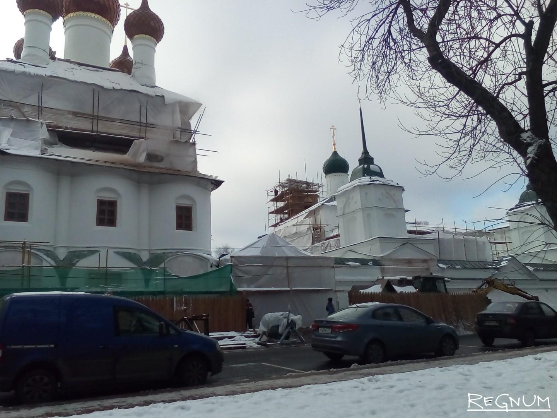 Реставрация Спасо-Яковлевского монастыря