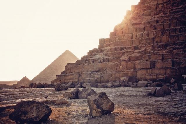 Версия ученых: что может находиться в потайной комнате пирамиды Хеопса