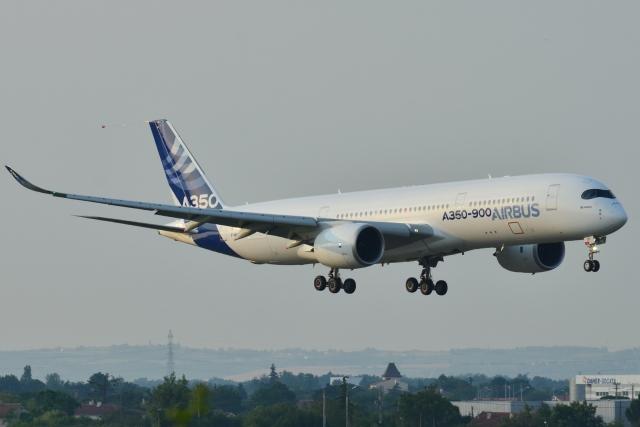 Самолёт A350-900