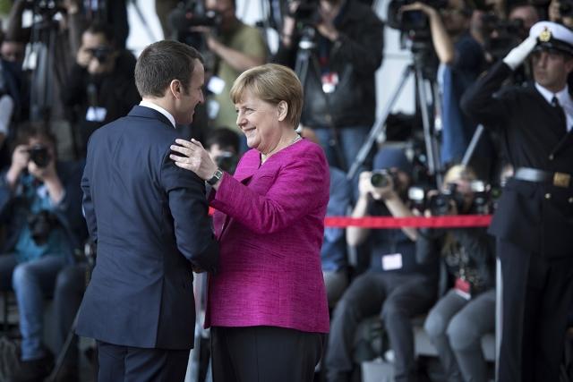 Меркель и Макрон могут «схлестнуться» с Трампом в Давосе