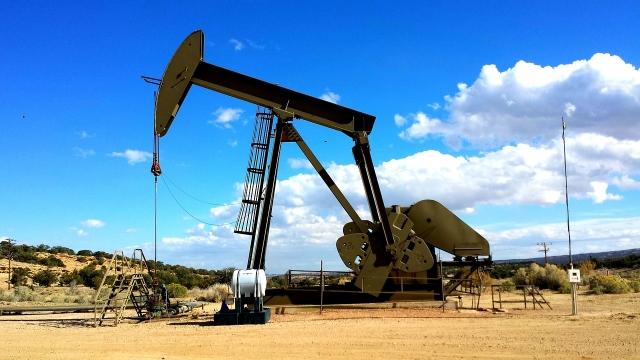Азербайджан сократил добычу нефти и газа в 2017 году